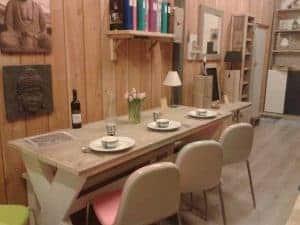 Meubelen van steigerhout showroom 7