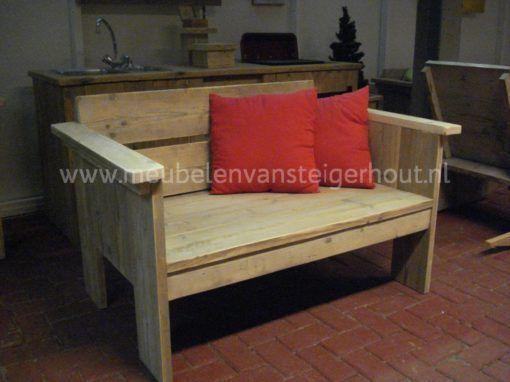 Loveseat steigerhout