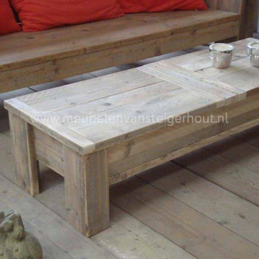 Steigerhouten salontafel met het blad gemaakt van 2 kleppen