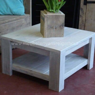 Steigerhouten salontafel met onderbald voor binnen en buiten. Gemaakt in het Gooi