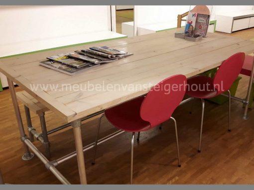 Steigerbuis onderstel steigerhouten tafel