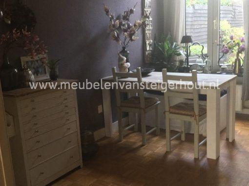 Steigerhout eettafel met witte poten 24