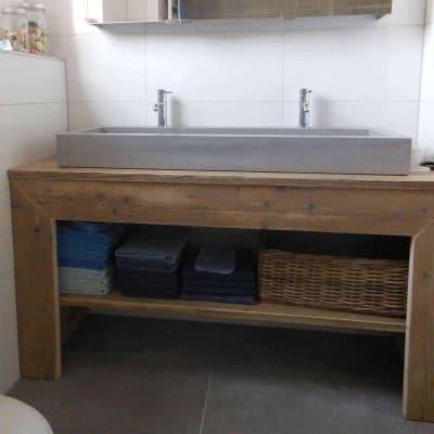 Badkamermeubel steigerhout type 1 met brede verstekrand. In vele maten beschikbaar