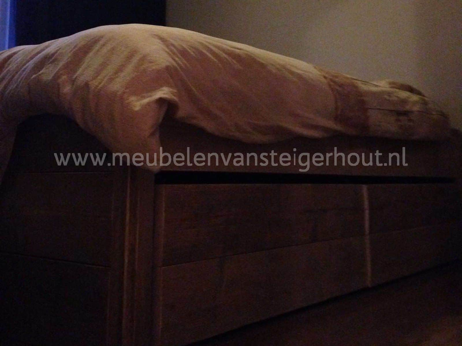 Tweepersoonsbed Met 4 Lades.Bed Steigerhout Met 4 Laden