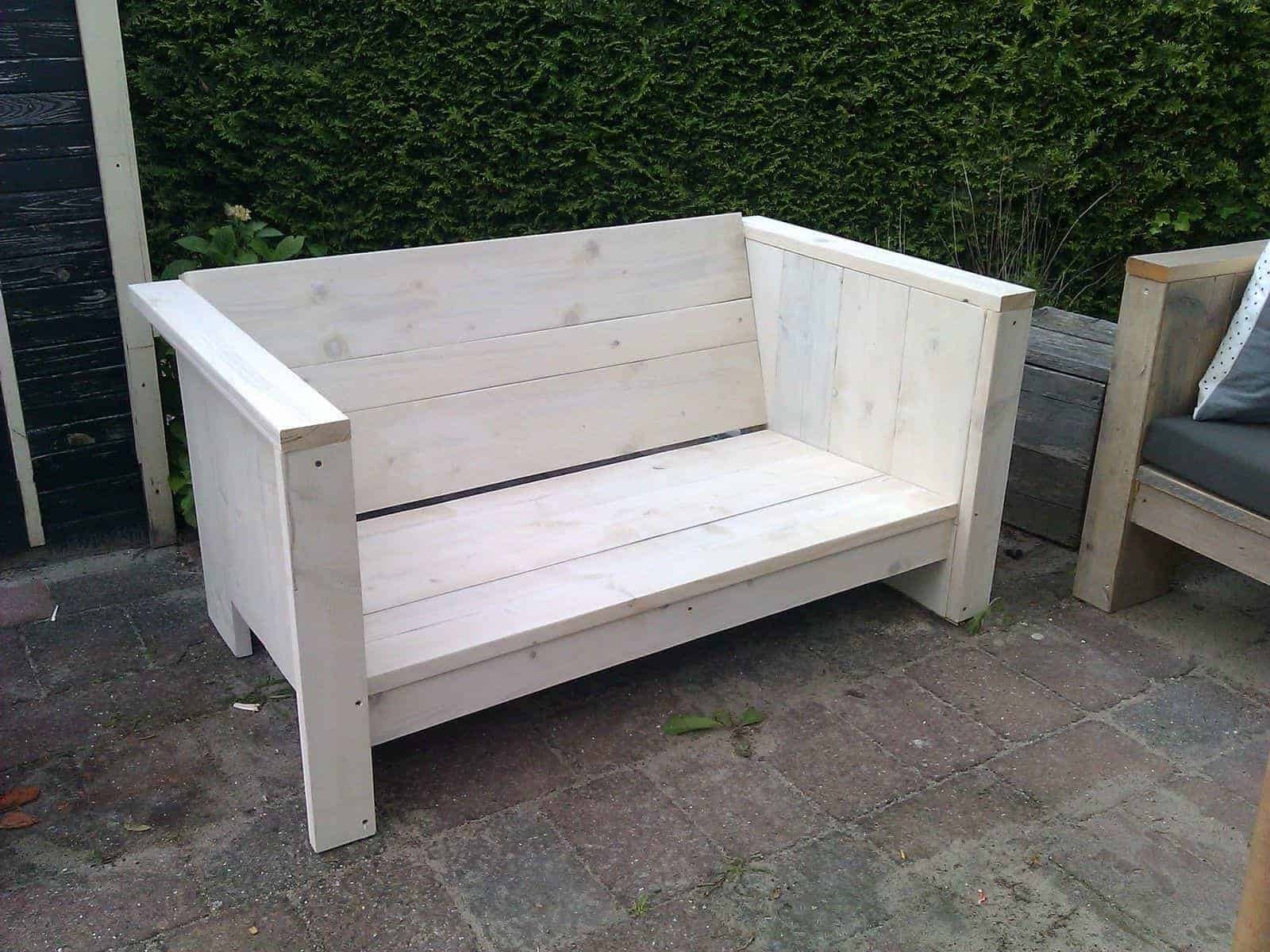 kleine loungebank meubelen van steigerhout. Black Bedroom Furniture Sets. Home Design Ideas