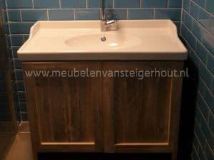 Badkamerkast Met Wastafel : Badkamerkast met ikea wastafel type meubelen van steigerhout