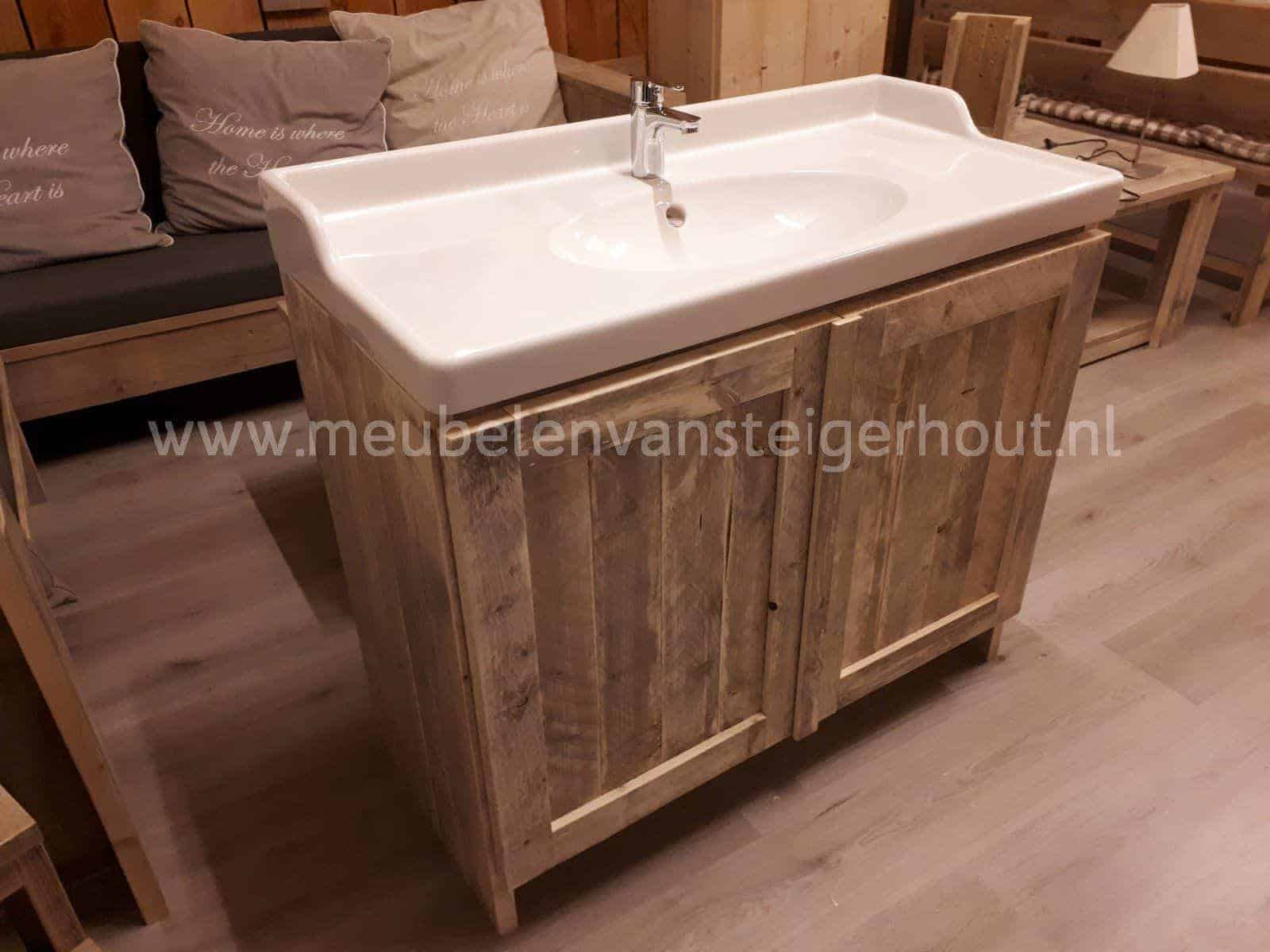 Badkamermeubel Van Steigerhout : Badmeubel steigerhout meubelen van steigerhout