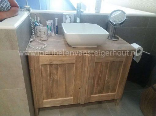 badmeubel steigerhout, badmeubel hout met 2 deuren, steigerhouten badmeubel