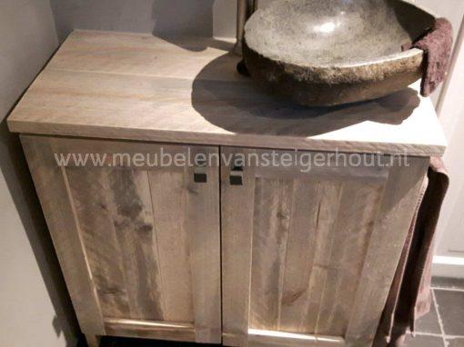 Steigerhout badmeubel met 2 deuren