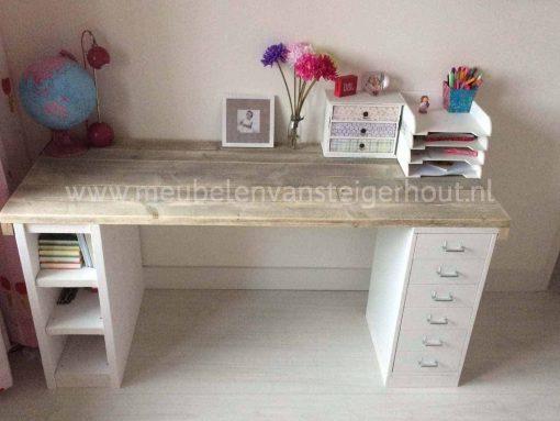 Kinderbureau stijn meubelen van steigerhout for Bureau van steigerhout maken