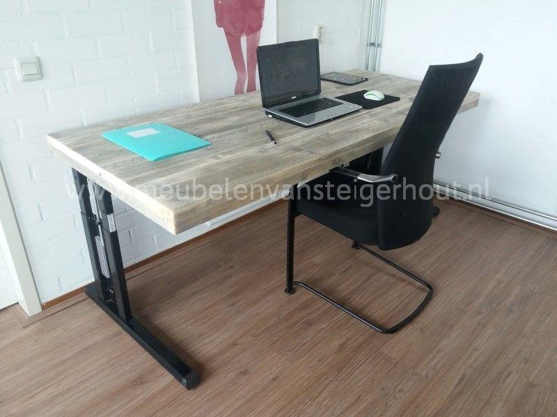 Hoogte verstelbaar bureau zelf maken