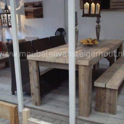 Stoere balkentafel van steigerhout