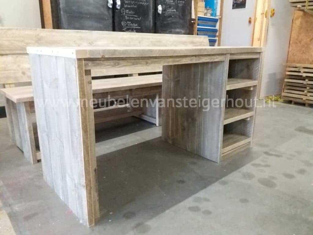 Kinderbureau b smart eva meubelen van steigerhout for Steigerhout bureau