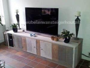 Tv meubel steigerhout met 3 kleuren