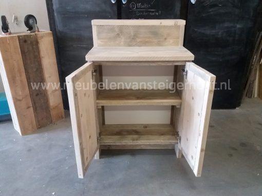 Steigerhouten badmeubel met opstaande rand en 2 deuren 2