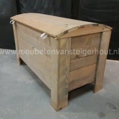 Speelgoedkist steigerhout of dekenkist van steigerhout meubelen van steigerhout Huizen Jorg Naarden