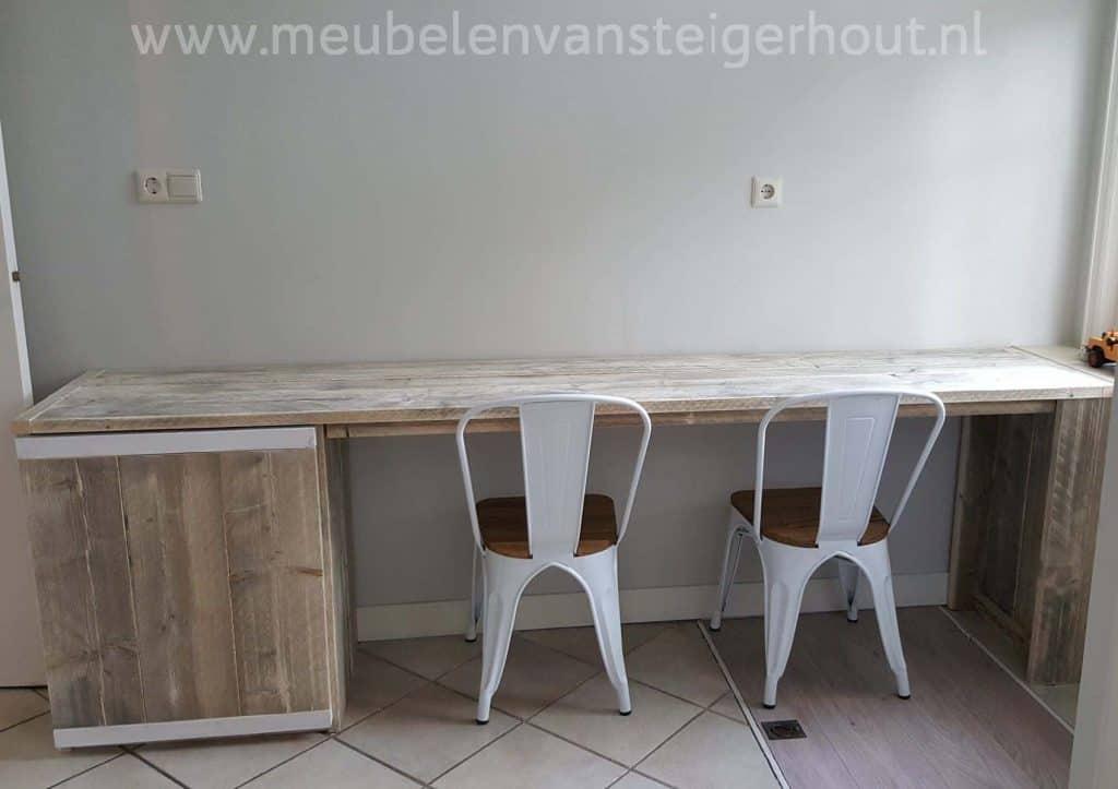 Bureau van steigerhout met kast meubelen van steigerhout for Steigerhout bureau
