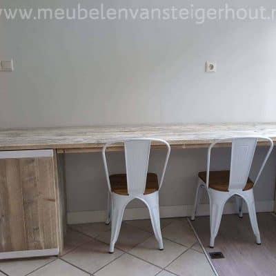 Steigerhouten bureau, bureau van steigerhout, houten bureau met kast, groot bureau