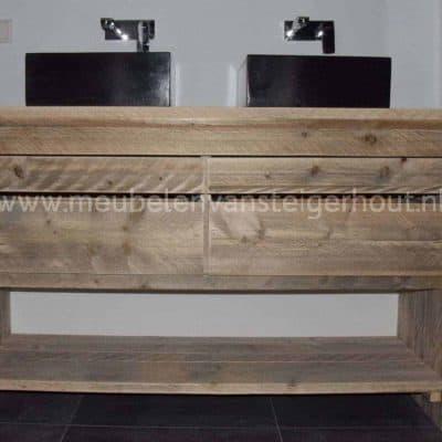 Steigerhouten badkamermeubel met 4 laden en onderplank