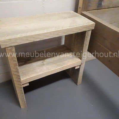 Steigerhouten nachtkastje met middenplank 1