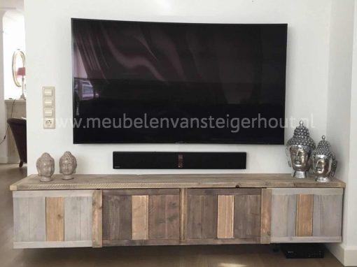 Tv meubel steigerhout dat zwevend kan worden opgehangen