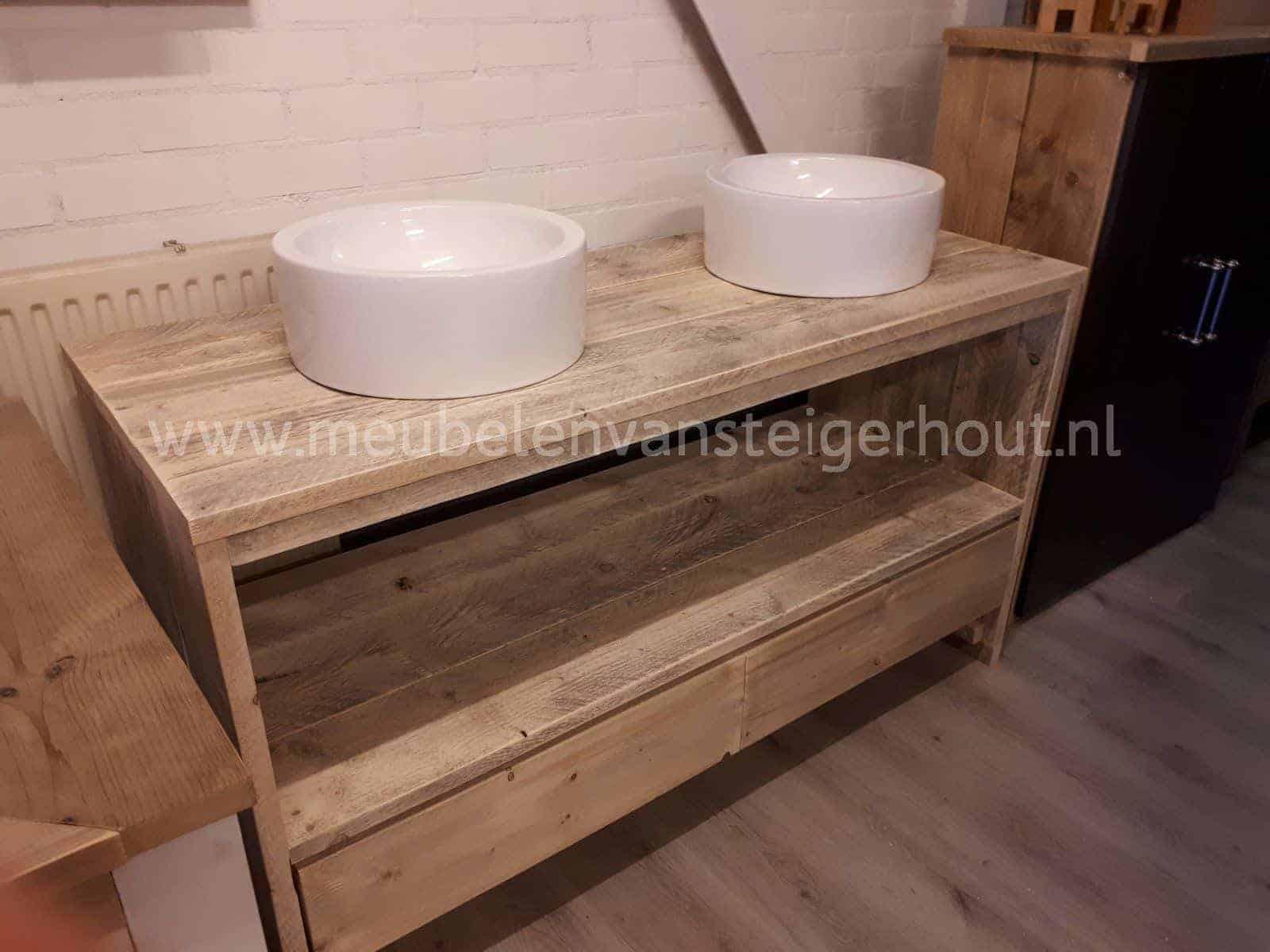 Steigerhouten badkamermeubel gratis bezorgd