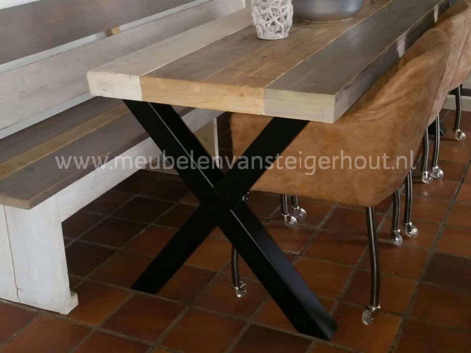 Industriele Sloophout Tafel.Industriele Tafel Met X Poot Meubelen Van Steigerhout