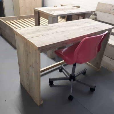 Steigerhout bureau met GRATIS bureaustoel