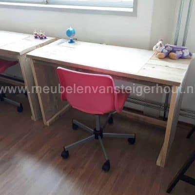 GRATIS bureaustoel bij steigerhout kinderbureau