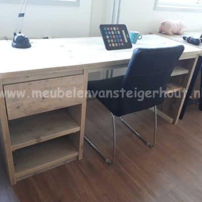 Steigerhout bureau met kasten en veel opbergruimte