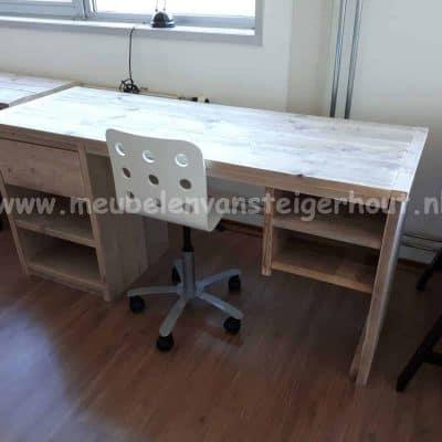 Steigerhout bureau met 2 praktische kasten