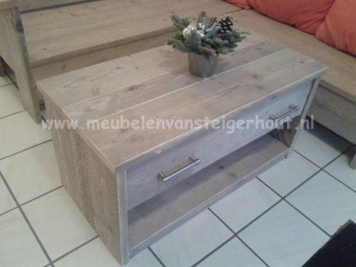 Steigerhout salontafel met grote lade en onderplank