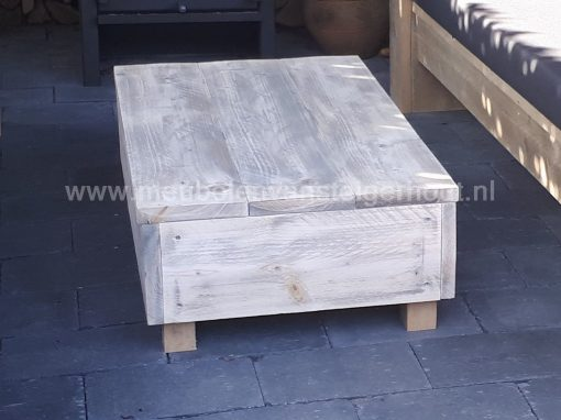 Loungetafel hocker steigerhout op poten